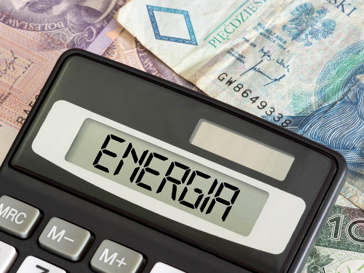 Podwyżki cen prądu a fotowoltaika w 2021 – jak uniknąć podwyżek?